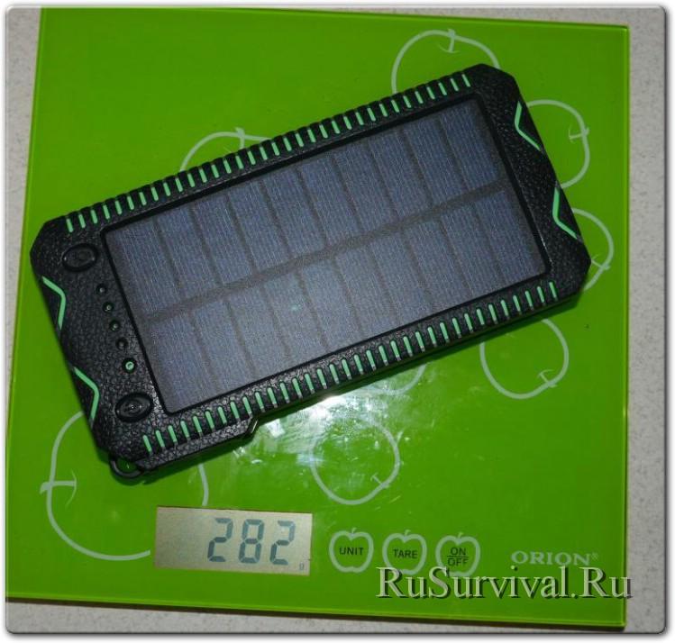 PowerBank IPRee 4 в 1 с зажигалкой, фонариком и солнечной батареей на 12000mAh.
