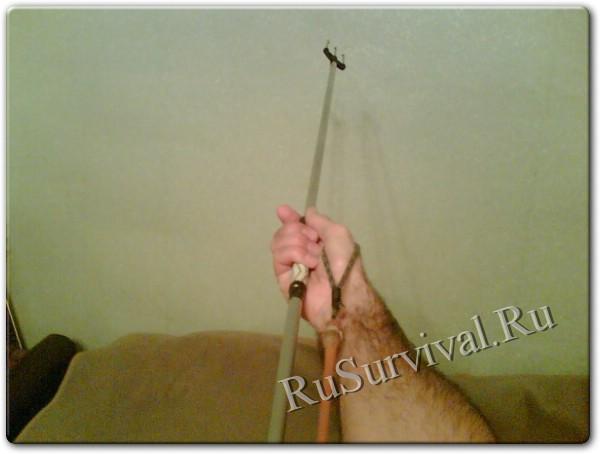 рыбалка с гарпуном в руках